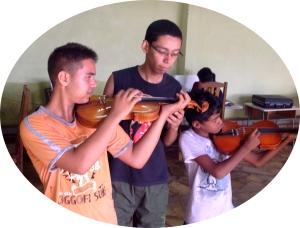 August 2014 foto de violinos
